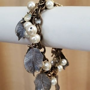 LOFT Gold Leaf Rhinestone Charm Bracelet #504